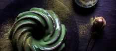 Mousse and matcha come together to create a decadent, visually stunning mirror-glaze cake that will leave you desperate for more! Stork Recipes, Baking Recipes, Cake Recipes, Matcha Cake, Mirror Glaze Cake, Cakes And More, Yummy Snacks, Mousse, Party Time