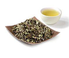 #Herbata #Oolong nazywana jest często półfermentowaną. To własnie temu zabiegowi zawdzięcza swój niepowtarzalny smak http://www.smacznaherbata.pl/herbaty-na-wage/inne1/oolong-tea---100g