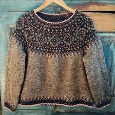 Knitting Pattern Black Rose Beautiful Norwegian Sweater   Etsy Fair Isle Knitting Patterns, Sweater Knitting Patterns, Knitting Designs, Knit Patterns, Icelandic Sweaters, Wool Sweaters, Poncho Pullover, Norwegian Knitting, Rose Sweater