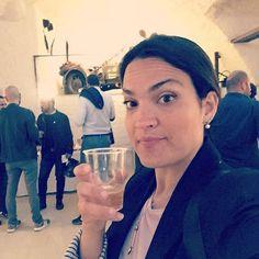 Stasera sono stata ospite di @interno_a14 e @galleriaborbonica prima per un aperitivo e poi per un tour a 40 metri di profondità. Un percorso davvero emozionante che tutti dovremmo fare almeno una volta nella vita. Non perdete il mio articolo domani sul blog. ❤️❤️❤️. #ilovemyjob #blog #blogger #blogging #blogpost #food #aperitivo #napoli #naples #galleriaborbonica #storia #tourist #travel #trip #napolidavivere