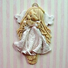 jpg you really need to purchase the clay to make this. Salt dough didn't work very well. Salt Dough Crafts, Salt Dough Ornaments, Clay Ornaments, Angel Ornaments, Clay Projects, Clay Crafts, Homemade Clay Recipe, Clay Angel, Arte Peculiar