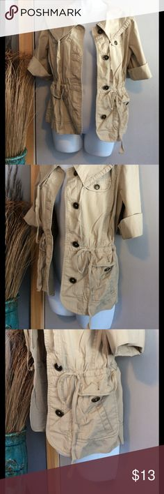 LOFT Tan Jacket LOFT size small tan spring/summer jacket. Super cute, tie waste with back pleat, side and chest pockets. Very flattering as you can cinch in tighter to accent waist or looser for a more casual fit. Sleeves can be worn shorter or longer with button/tab closure (see pics). LOFT Jackets & Coats Utility Jackets