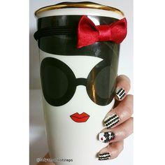 Buenos Dias mis Amores! Good morning my loves. Desayunando con esta belleza! Having breakfast with this beauty! ☕@Starbucks @aliceandolivia #aliceandolalice #fashion #fashionista #starbucksmug #starbucks #muglover #travelmug #tumbler #adorable #coffee #coffeeaddict #teaaddict #tea #love #cute #smile #girl @tagforlikes #tagforlikes #Latinabloglatin #lifestyleblogglife #ladyamorfootstlady #lafblog