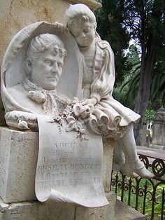 Monumental Cemetery of Bonaria, Cagliari (Italy) - two generations joined & dressed with delicate sculptural detail