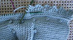 Knitting For Kids Diy Crafts Knitting, Knitting For Kids, Free Knitting, Baby Knitting, Chunky Crochet, Crochet Baby, Knit Crochet, Knitting Stitches, Knitting Patterns