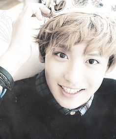 I though Chen was my favorite, but I'm kinda rethinking that considering cHANYEOL IS REALLY GROWING ON ME AHHHH BABY