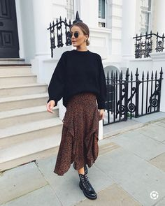 Fashion Tips Outfits .Fashion Tips Outfits Winter Fashion Outfits, Modest Fashion, Autumn Winter Fashion, Fall Outfits, Casual Outfits, Skirt Fashion, Fashion Dresses, Basic Outfits, Winter Style