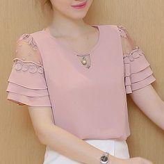 Fancy Blouse Designs, Shirt Bluse, Kurti Designs Party Wear, Chiffon Shirt, Blouses For Women, Women's Blouses, Kim So Hyun Fashion, Lady, Blouse Styles