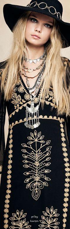 Sexy Black Boho Dress  ≫∙∙☮ Bohème Babe ☮∙∙≪• ❤️ Babz™ ✿ιиѕριяαтισи❀ #abbigliamento #bohojewelry #boho