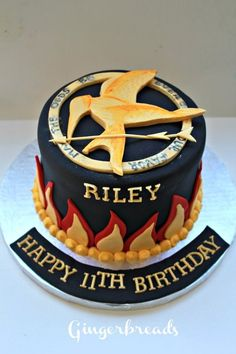 Hunger Games Cake.                                      MORGYN!!!