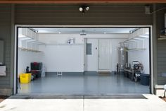 carriage house garage doors | Carriage House Garage Door Model Used Garage Doors, Garage Door Panels, Overhead Garage Door, Glass Garage Door, Garage Door Repair, Garage Gate, Garage Door Opener Troubleshooting, Carriage Doors, Carriage House