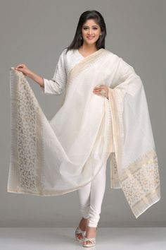Off-White Gold Chanderi Dupatta Butterfly Motif Hand Block Print And Gold Zari Border Block Printing Designs, Block Design, Indian Look, Indian Wear, Indian Dresses, Indian Outfits, Indian Style Clothes, Asian Fashion, Latest Fashion