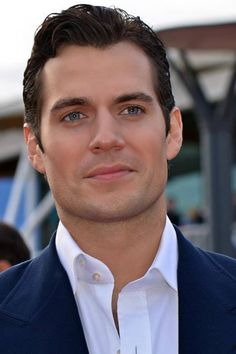 """Henry Cavill       Superman has found his Lois Lane.     Henry Cavill and Kaley Cuoco are a new couple, PEOPLE has learned.     """"They were both single and started dating recently,"""" says a source close to the Man of Steel star and Big Bang Theory actress.     While Cuoco, 27, and Cavill, who split from his girlfriend, Fast & Furious 6 star Gina Carano, in early May, have yet to step out publicly, they're enjoying getting to know each other."""