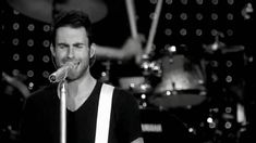 Maroon 5 - Must get out Live