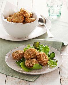 Polpettine croccanti di pollo in crosta di sesamo Bocconcini appetitosi per un secondo piatto sfizioso