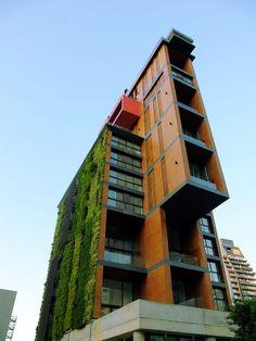 east-village_jean_marc-bonfils_apartment-art-gallery_lebanon-beirut_dezeen_1704_col_0