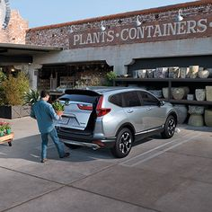 How is your summer garden doing? The CR-V has plenty of space and Hands-Free Access Power Tailgate to help with all your gardening needs! Shop now. Salt Lake City Ut, Honda Models, New Honda, Honda Crv, Cr V, Automotive Design, Container Plants, Summer Garden, Used Cars