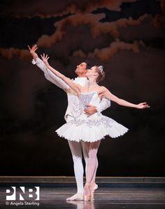 PNB Principal dancers Lesley Rausch and Karel Cruz n The Sleeping Beauty, Act 3.