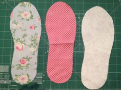 Eu Amo Artesanato: Sapatilha com molde Bag Patterns To Sew, Crochet Patterns, Sewing Slippers, Sewing Projects, Projects To Try, Patch Quilt, Crochet Lace, Diy Clothes, Baby Shoes