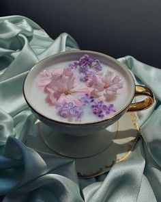 Flower Aesthetic, Purple Aesthetic, Aesthetic Food, Lavender Aesthetic, Pixiv Fantasia, Photocollage, Flower Tea, Simple Pleasures, Cute Food