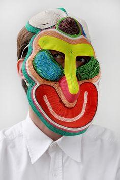 Des masques étranges - La boite verte