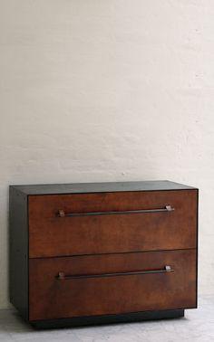 bddw leather dresser