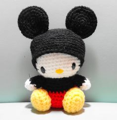 PDF Amigurumi Pattern Kitty in Mickey Costume van OrangeZoo op Etsy Crochet Amigurumi, Amigurumi Patterns, Amigurumi Doll, Crochet Dolls, Crochet Patterns, Crochet Hello Kitty, Chat Hello Kitty, Crochet Cross, Knit Or Crochet