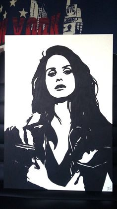 Portrait of the artist Lana Del Rey Made with black acrylic paint on cardboard beige thick wood Size: l cm x size): Handmade September 2017 Lana Del Rey Tattoos, Lana Del Rey Vinyl, Black And White Art Drawing, Small Canvas Paintings, Pinturas Disney, Shadow Art, Sketch Markers, Aesthetic Drawing, Stencil Art