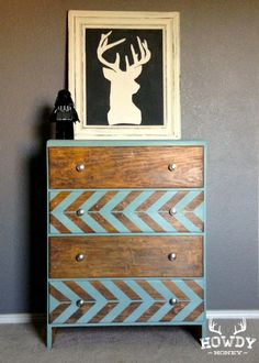 Painted Dresser- Love this idea for a more distressed piece! Love the dresser but not the deer picture! Furniture Projects, Furniture Makeover, Home Projects, Diy Furniture, Glazing Furniture, Diy Home Decor, Room Decor, Furniture Inspiration, Dresser Inspiration