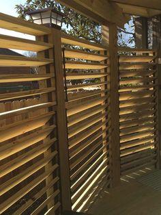 75 Easy Cheap Backyard Privacy Fence Design Ideas - Bailee News Cozy Backyard, Backyard Gazebo, Pergola Swing, Pergola Shade, Pergola Plans, Diy Pergola, Pergola Kits, Backyard Ideas, Pergola Ideas