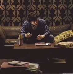 Sherlock Hair ruffle-