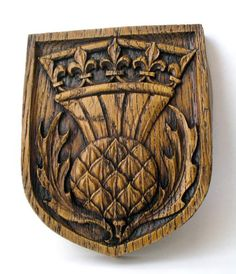 http://www.oakappledesigns.com/Scottish_Thistle_Plaque_-_Rep