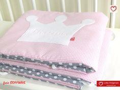**schönes BETTNESTCHEN - für das Babybett**    Ein Nestchen gibt dem Kleinen das Gefühl der Geborgenheit und es fühlt sich in seinem Bettchen geschützt - gleichzeitig wird das Baby vor Anstoßen des...
