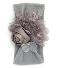 Love this vintage style baby headband.