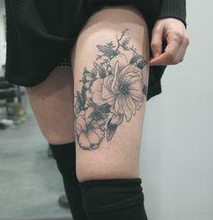 tatouage par sophie hedon composition florale https. Black Bedroom Furniture Sets. Home Design Ideas