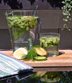 Geschmeidige Köstlichkeiten: Gurken Zitronen Wasser