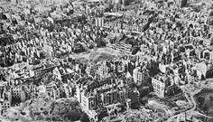 From Wikiwand: Stare i Nowe Miasto w 1945