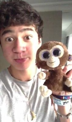 Not...gonna..F IT. I HAVE THE SAME EXACT MONKEY!!!!!!!!!!!! AND HIS NAMES CALUM <3