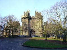 Lancaster_Castle--article on the 'most haunted places in England'