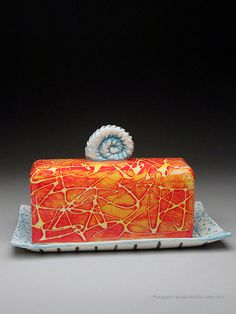 Charity Hofert Butter Dish at MudFire Gallery click now for info. Ceramic Butter Dish, Ceramic Baking Dish, Ceramic Boxes, Ceramic Clay, Pottery Plates, Ceramic Pottery, Pottery Handbuilding, Ceramic Techniques, The Potter's Wheel