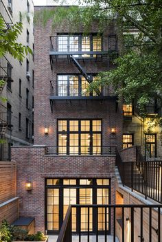 West Street Residence by Guerin Glass Architects Beautiful Buildings, Beautiful Homes, Loft Design, House Design, Model House Plan, Brick Facade, City Living, House Goals, Exterior Design