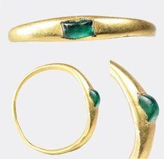roman emerald ring- 2000 years old!