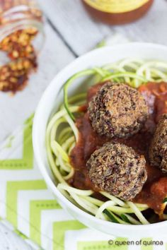 A delicious recipe for vegan meatballs using mushrooms, lentils and quinoa. These meatballs are easy to make, full of flavor and super healthy.
