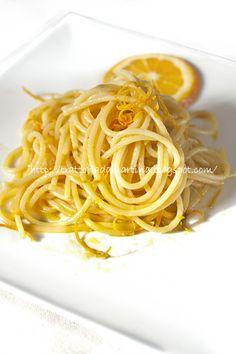 Spaghetti all'arancia...una bontà - Trattoria da Martina - cucina tradizionale, regionale ed etnica