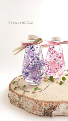 Precious Fleurs 桜色グラデーション【Herbarium】 Diy Resin Crafts, Diy And Crafts, Flower Crafts, Flower Art, Interior Paint Colors For Living Room, Gel Candles, Flower Bottle, Kids Clothes Sale, How To Preserve Flowers