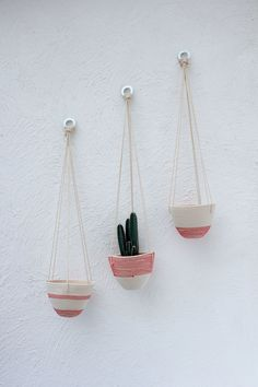 Custom order for Sewbloom: 1 x set of 6 coral coasters (£15) 1 x coral hanging planter (dipped design) (£24)