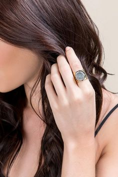 Luxe Collection Druzy Hammered Band Ring- Gray model