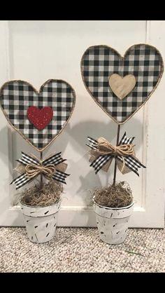 Summer Crafts, Fall Crafts, Holiday Crafts, Crafts To Make, Diy Crafts, Dollar Tree Store, Dollar Tree Crafts, Valentines Day Decorations, Valentine Day Crafts