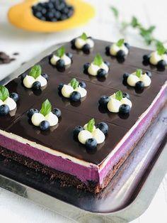 Sweets Cake, Cupcake Cakes, Sweets Recipes, Cake Recipes, Mousse, Romanian Desserts, Bakers Gonna Bake, Something Sweet, Sweet Desserts