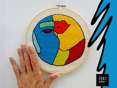 #Embroidery Hoop Art - Bordado com bastidor - Kiss - #SquareFaces Project by isa silva